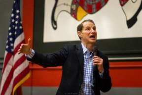 Senator_Ron_Wyden_Town_Hall_-_Multnomah_County_32341826953